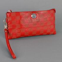 Клатч кожаный женский красный Louis Vuitton 1872
