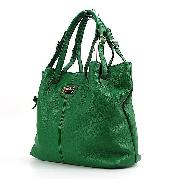 5517944b7d57 Дизайн сумок в кэжуал стиле более раскрепощенный и демократичный. Если Вы  предпочитаете джинсовые вещи или верхнюю одежду из натуральной кожи, ...